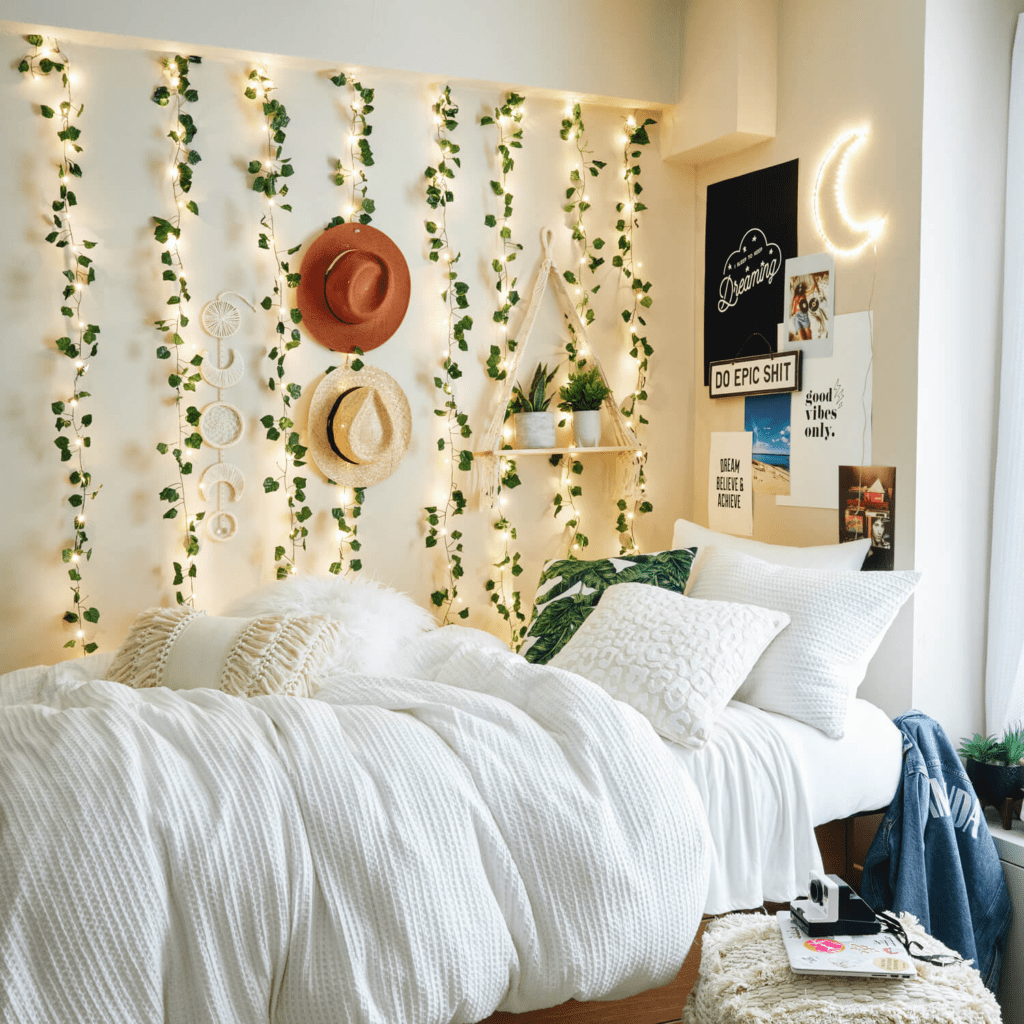 Cute dorm bedding - Festival themed room from Dormify